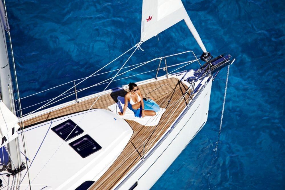 Rental yacht Central Greece - Bavaria Bavaria Cruiser 46 - 4 cab. on SamBoat
