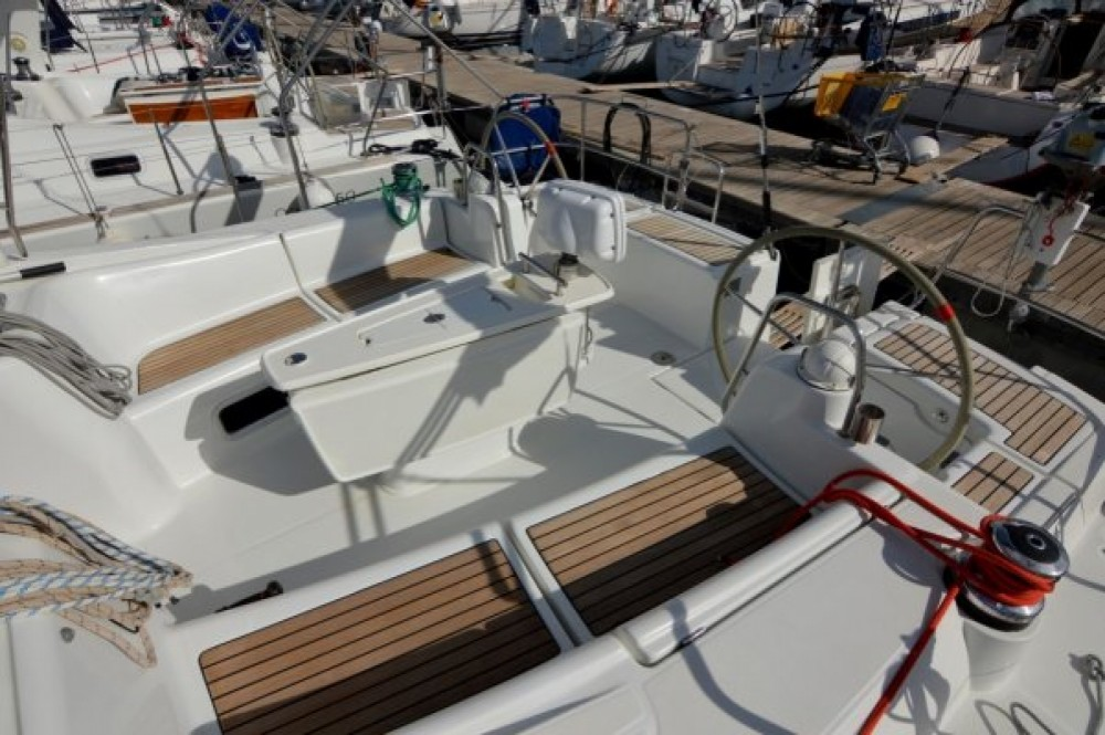Rental Sailboat in Sukošan - Bénéteau Oceanis 50 Family