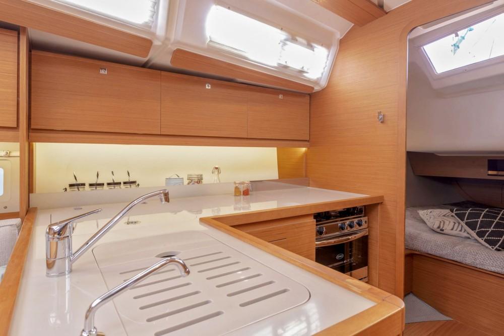 Rental Sailboat in Cagliari - Dufour Grand Large 390
