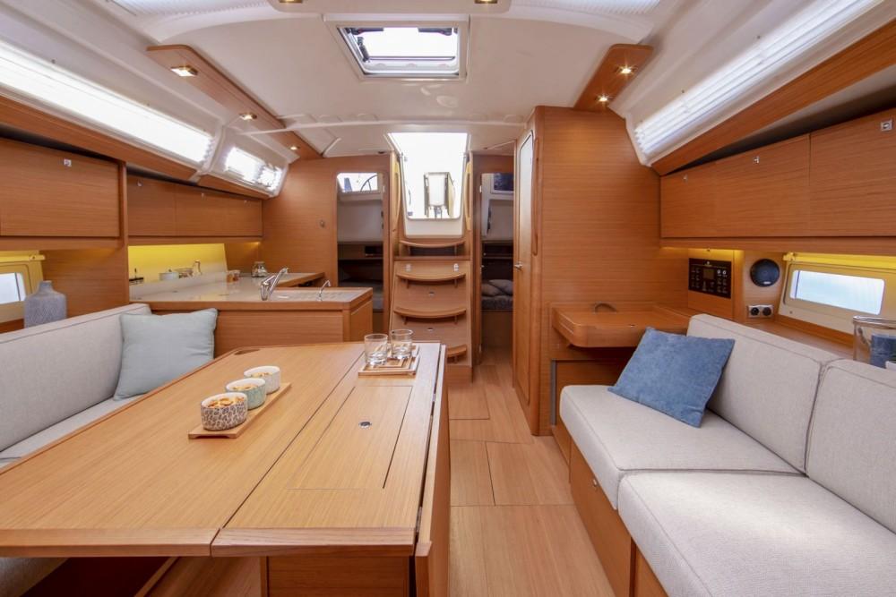 Rent a Dufour Grand Large 390 Cagliari