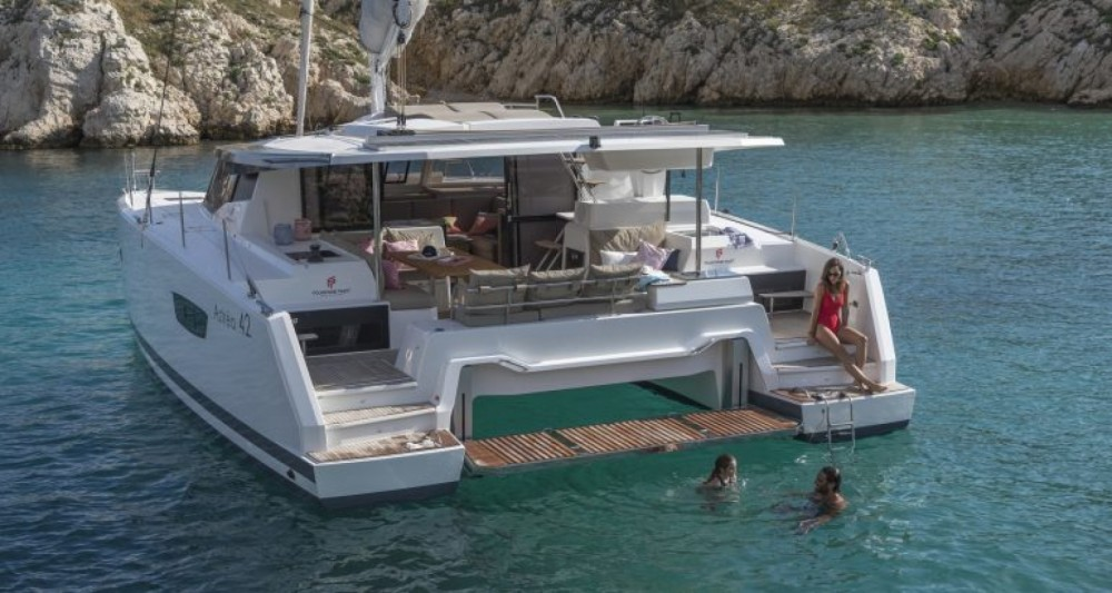 Fountaine Pajot Fountaine Pajot Astrea 42 - 4 + 2 cab. between personal and professional Lávrio