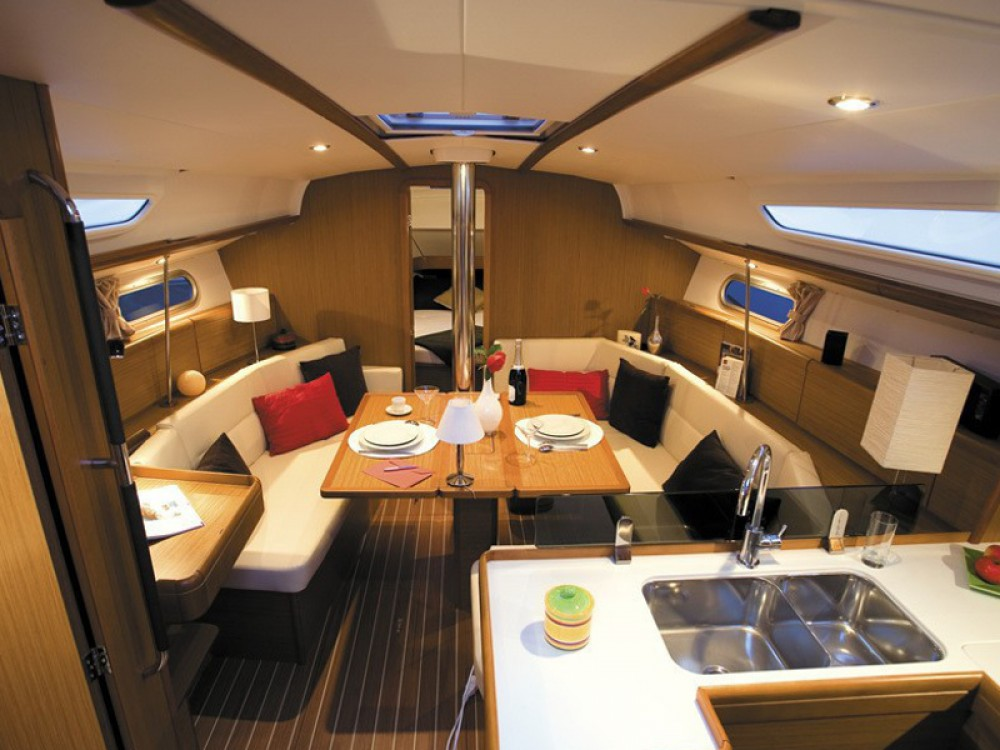 Rental yacht Baška Voda - Jeanneau Sun Odyssey 39i on SamBoat