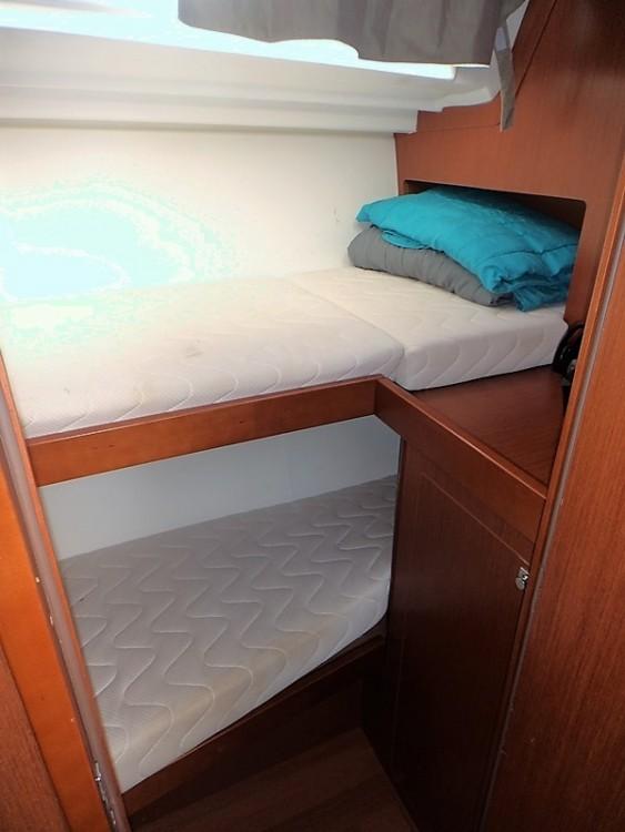 Rental yacht Greece - Bénéteau Oceanis 48 on SamBoat