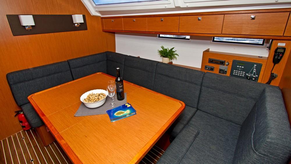 Bavaria Bavaria Cruiser 46 - 4 cab. between personal and professional Split