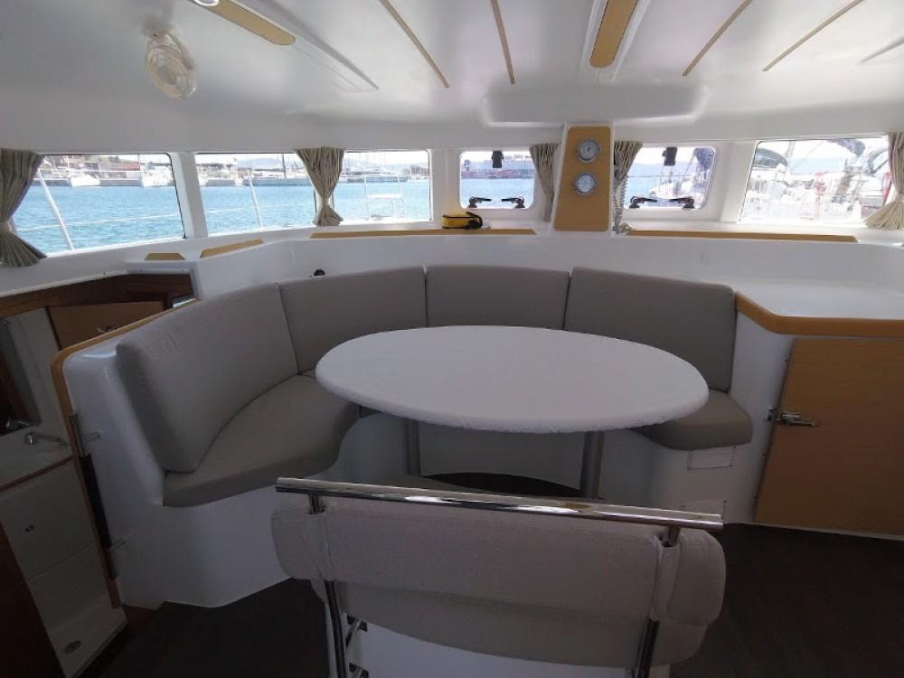 Louer Catamaran avec ou sans skipper Lagoon à Laurion