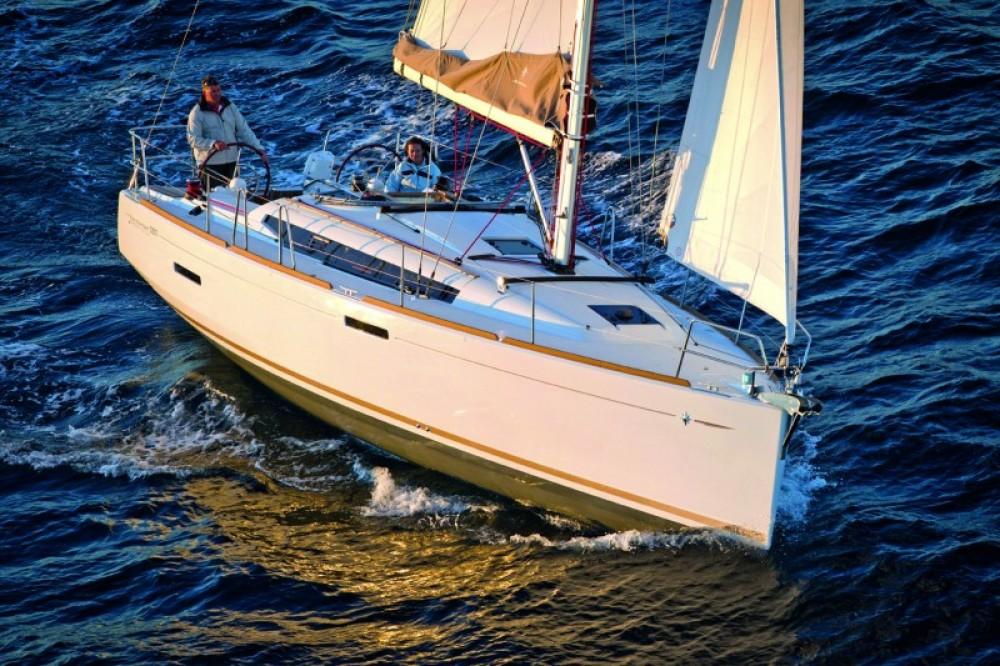 Rental Sailboat in Croatia - Jeanneau Sun Odyssey 389