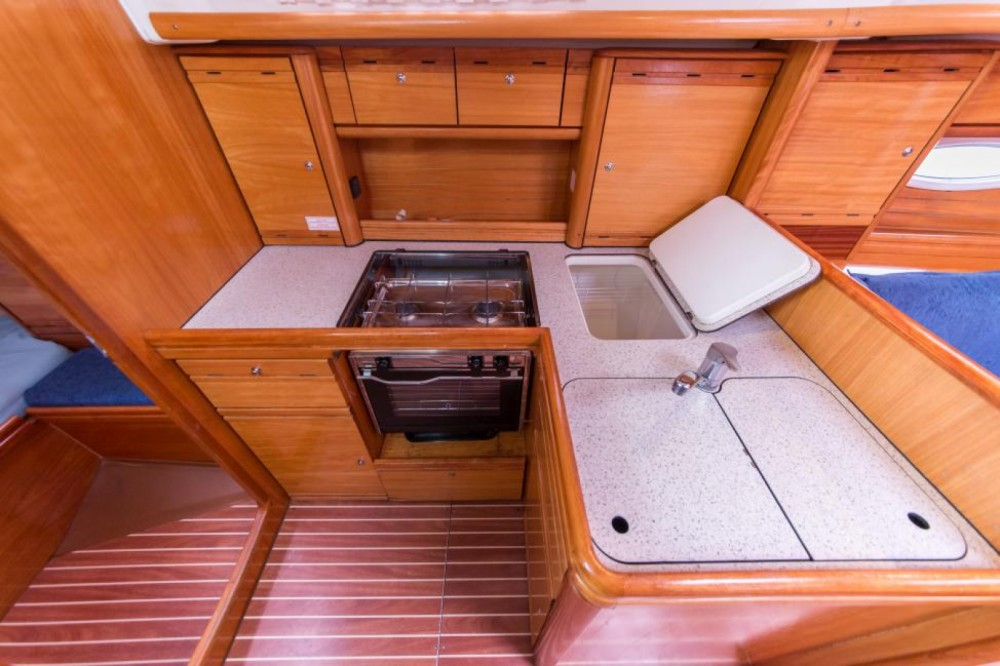 Bavaria Bavaria 37 Cruiser between personal and professional La Trinité-sur-Mer
