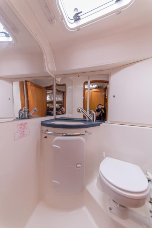 Rental yacht La Trinité-sur-Mer - Bavaria Bavaria 37 Cruiser on SamBoat