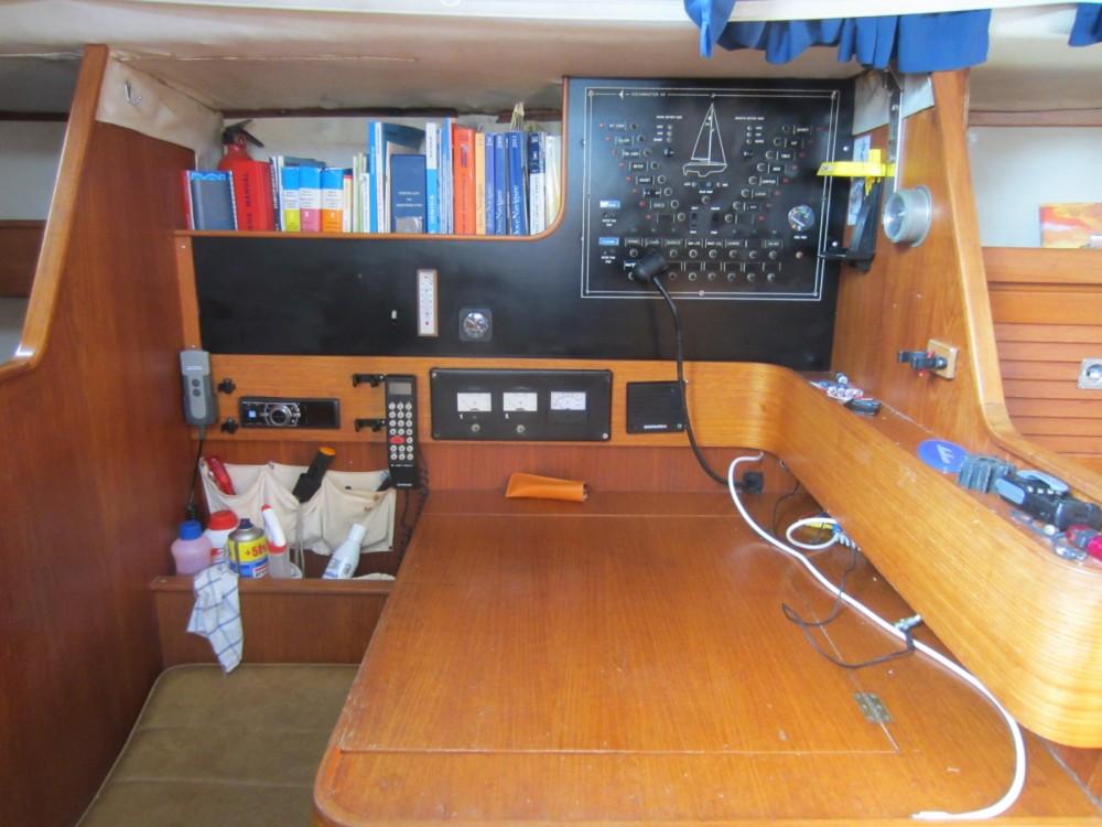 Boat rental Corfu cheap 38 Oceanranger