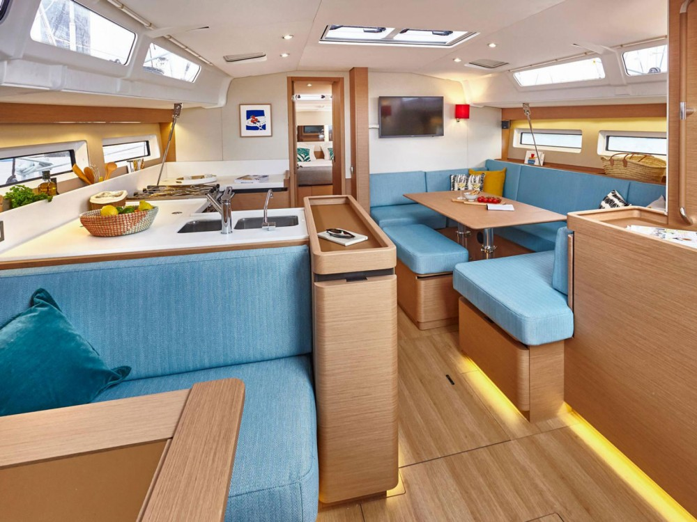 Jeanneau Sun Odyssey 490 between personal and professional Marina de Alimos