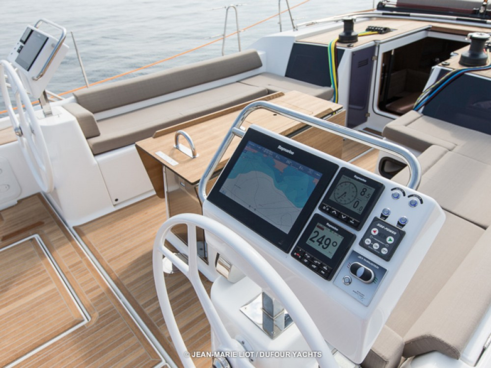Hire Sailboat with or without skipper Dufour Marina Baotić