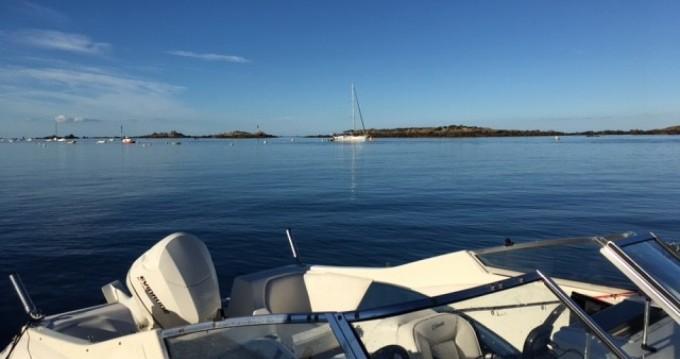 Louer Bateau à moteur avec ou sans skipper Sea Swirl à Granville