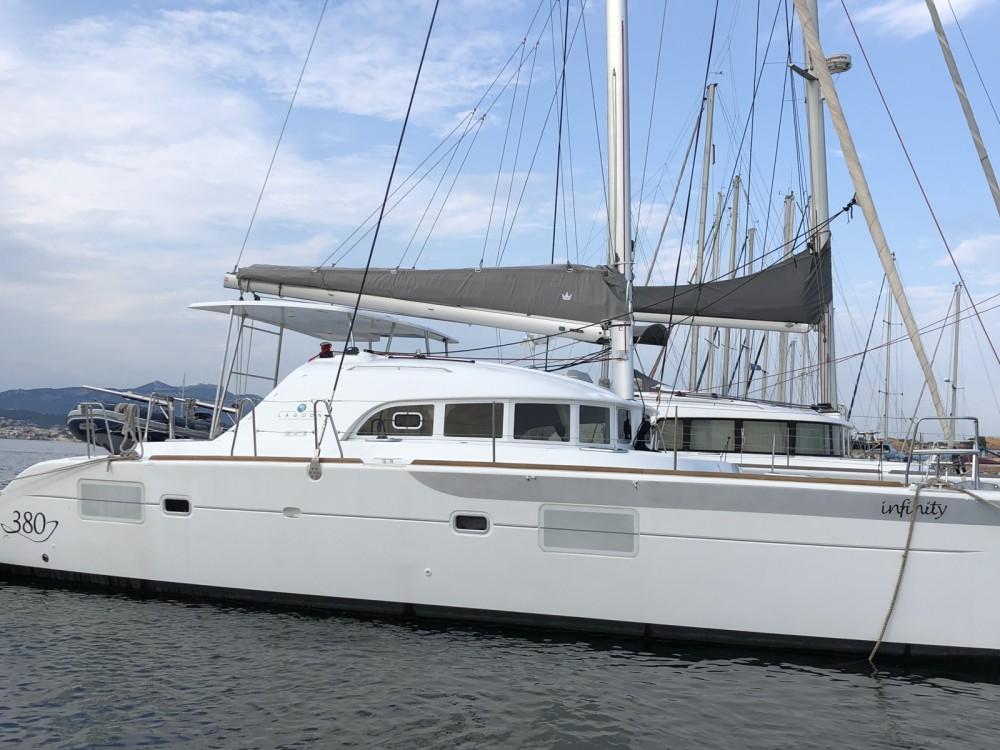 Louer Catamaran avec ou sans skipper Lagoon à Six-Fours-les-Plages