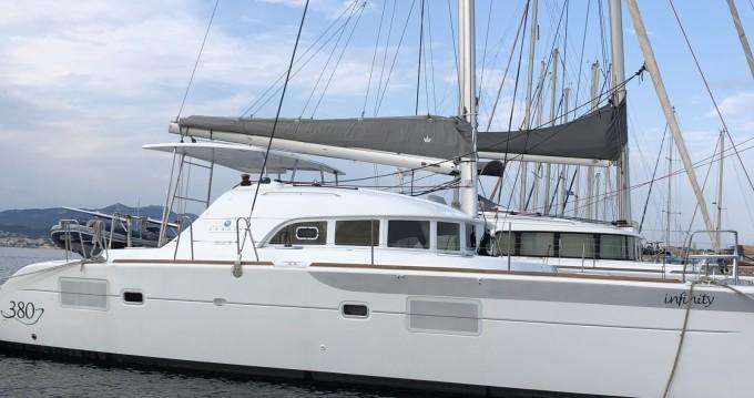 Location Catamaran à Six-Fours-les-Plages - Lagoon Lagoon 380 Infinity