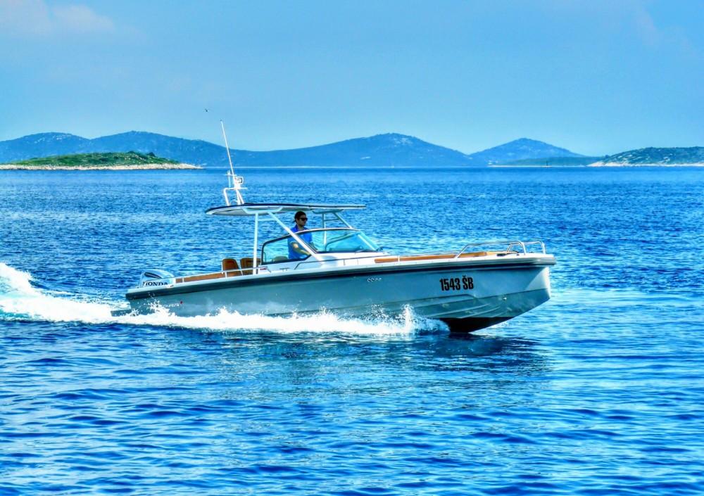Rental yacht Šibenik - Axopar 28 on SamBoat