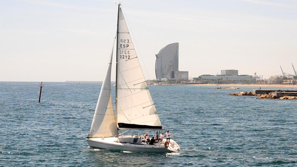 Location Voilier à Barcelone - Jeanneau One Design 35