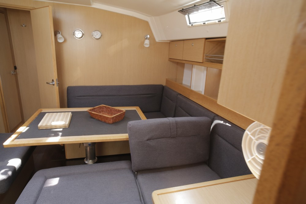 Boat rental Bavaria Bavaria 45 Cruiser Owner version in Lefkas on Samboat