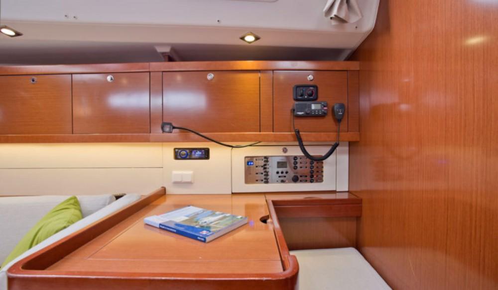 Rental Sailboat in Lefkas - Bénéteau Oceanis 50