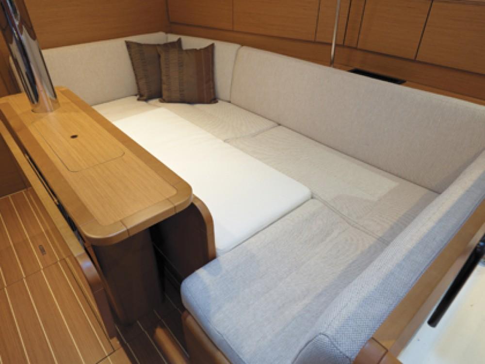 Location yacht à Madagascar - Jeanneau Sun Odyssey 379 sur SamBoat