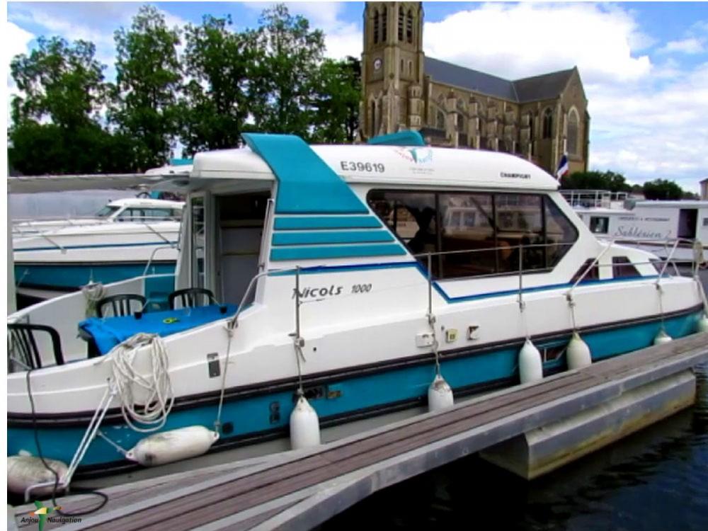 Location bateau Sablé-sur-Sarthe pas cher 1000