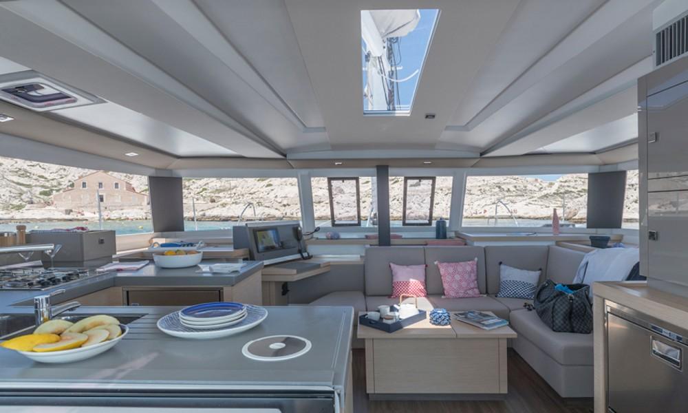 Verhuur Catamaran in All Saints - Fountaine Pajot Astrea 42