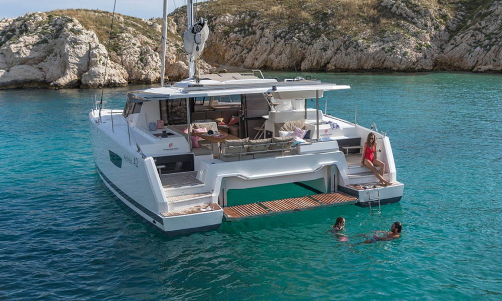 Location bateau Saint-Mandrier-sur-Mer pas cher Astrea 42 O.V.