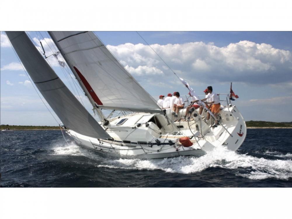 Louer Voilier avec ou sans skipper Bavaria à Marina Pirovac