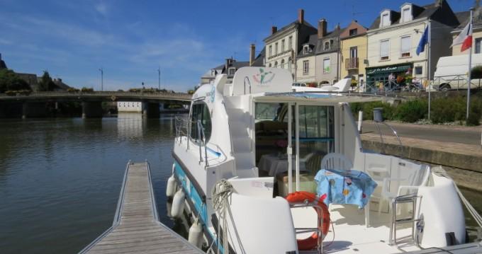 Location bateau Sablé-sur-Sarthe pas cher Estivale Duo
