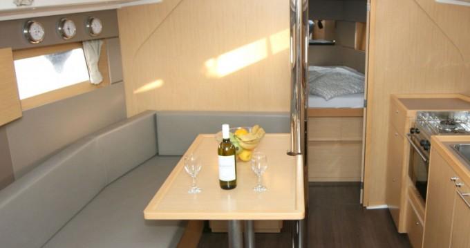 Bootsverleih Bénéteau Oceanis 38 Pula Samboat