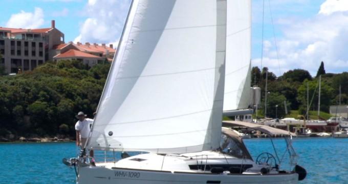 Bootsverleih Jeanneau Sun Odyssey 389 - 2 cab. Krk Samboat
