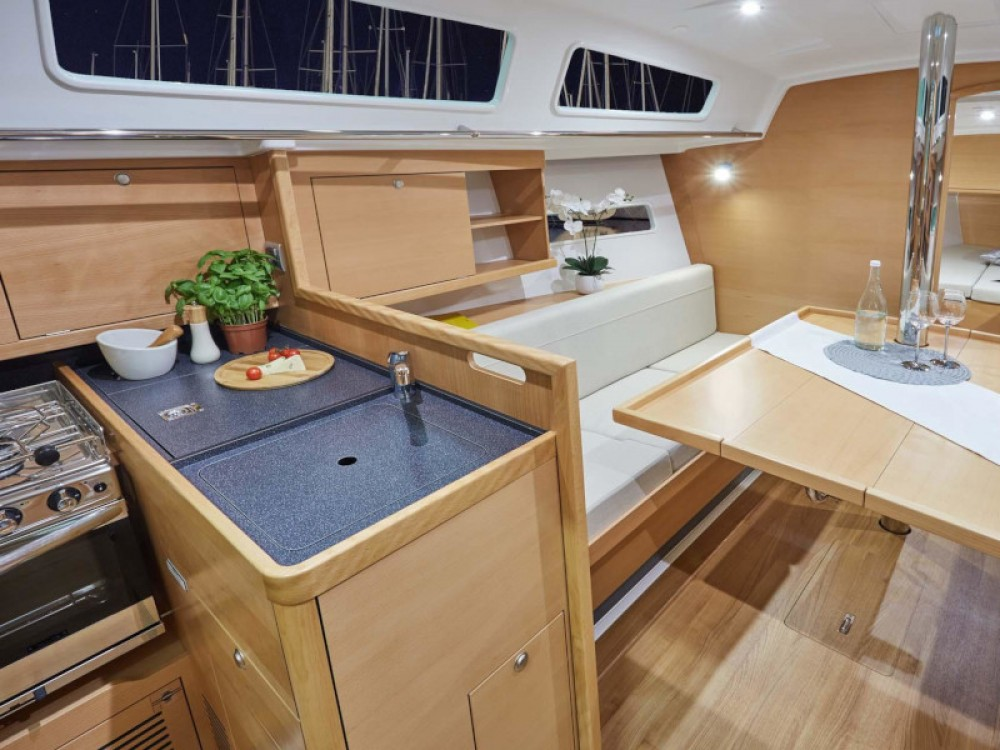Location yacht à Furnari - Jeanneau Sun Odyssey 319 sur SamBoat