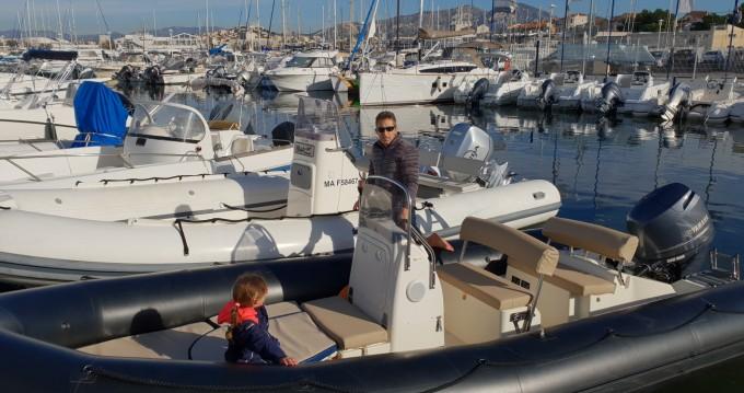 Bombard Explorer 640 SB entre particuliers et professionnel à Marseille