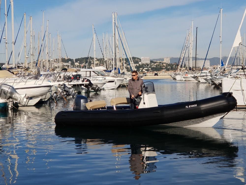 Rent a Bombard Explorer 640 SB Marseille