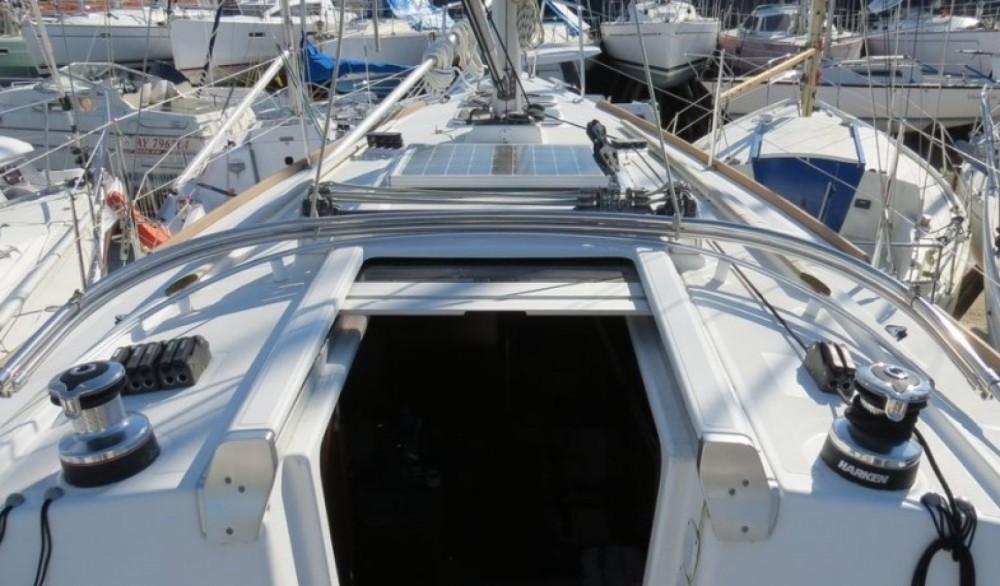 Location bateau Bénéteau Oceanis 31 Dl à La Trinité-sur-Mer sur Samboat