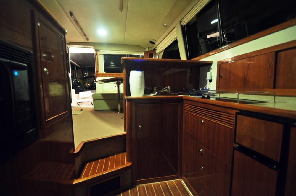 Louer Yacht avec ou sans skipper Riviera à Carthagène
