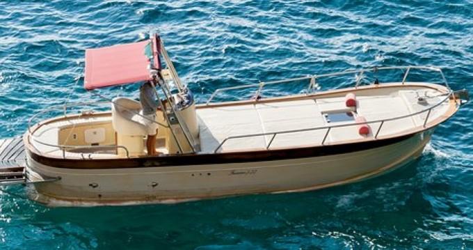 Motorboot mit oder ohne Skipper Ferretti mieten in Positano