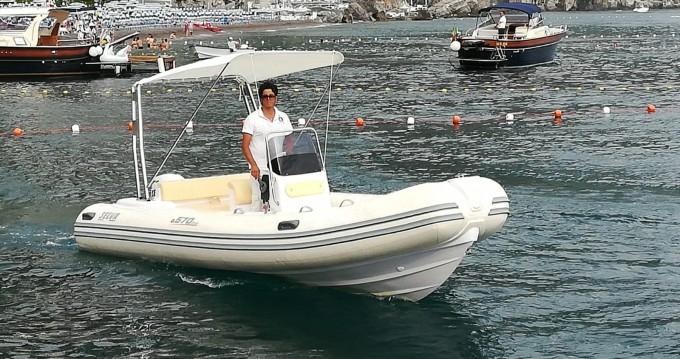 Louer Semi-rigide avec ou sans skipper Selva à Positano