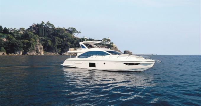 Motorboot mit oder ohne Skipper Azimut mieten in Šibenik