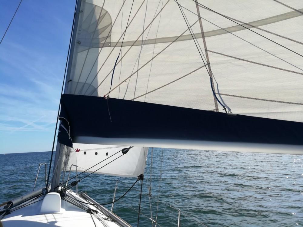 Louer Voilier avec ou sans skipper Bénéteau à Lorient