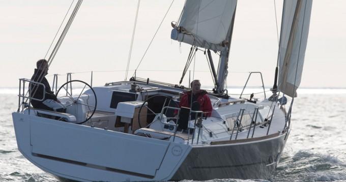 Dufour Dufour 382 Grand Large zwischen Privatpersonen und professionellem Anbieter Ajaccio