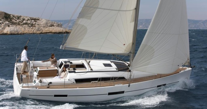 Yacht-Charter in Ajaccio - Dufour Dufour 410 Grand Large auf SamBoat