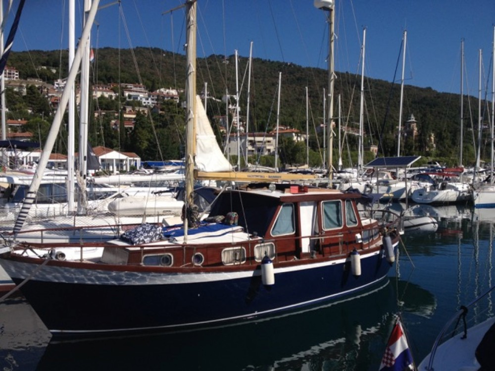 Boat rental Nauticat 33 in Ičići on Samboat