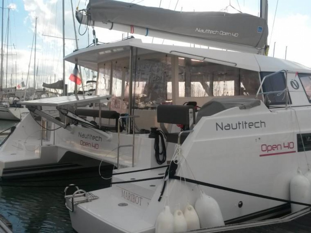 Location yacht à Golfe-Juan - Nautitech Nautitech Open 40 sur SamBoat