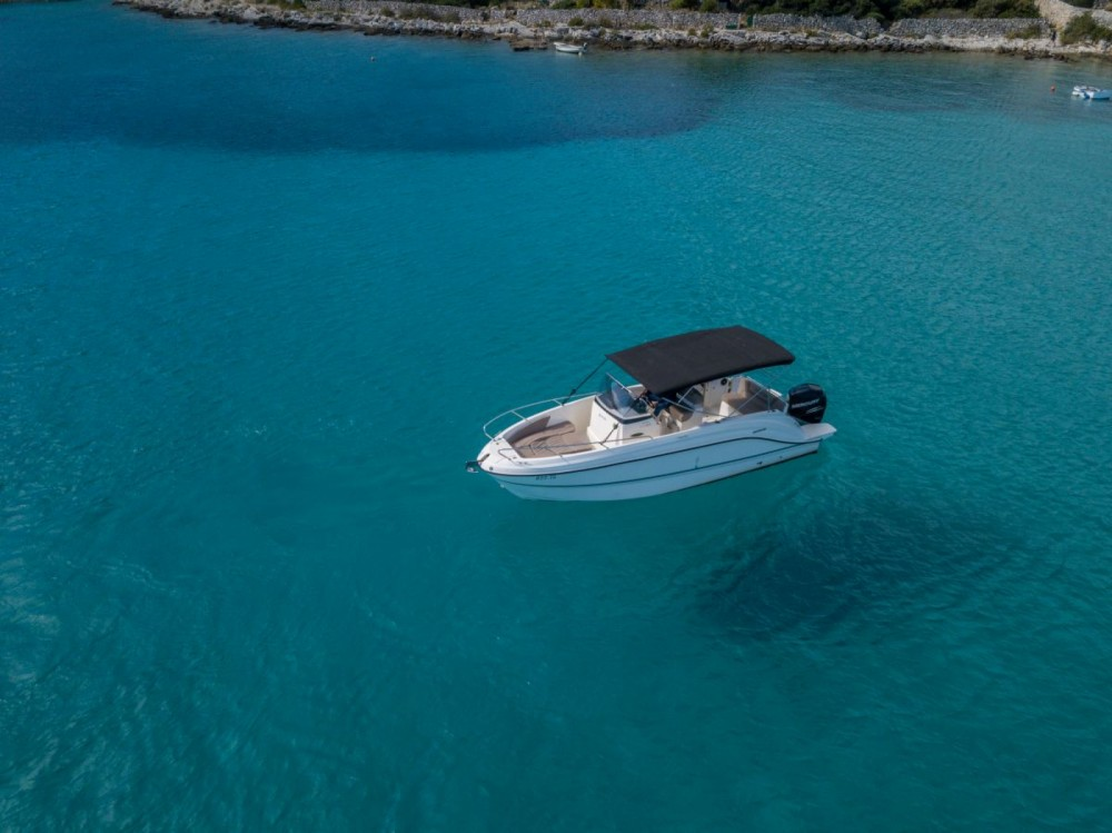 Boat rental Trogir cheap Activ 805