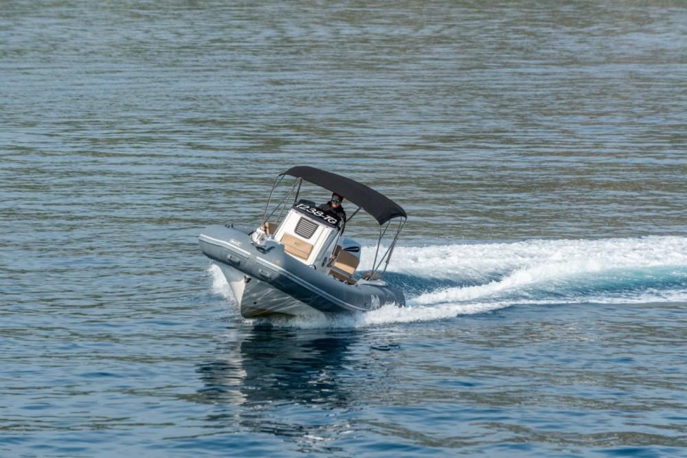 Boat rental Bwa Sport 26 GTO in Trogir on Samboat