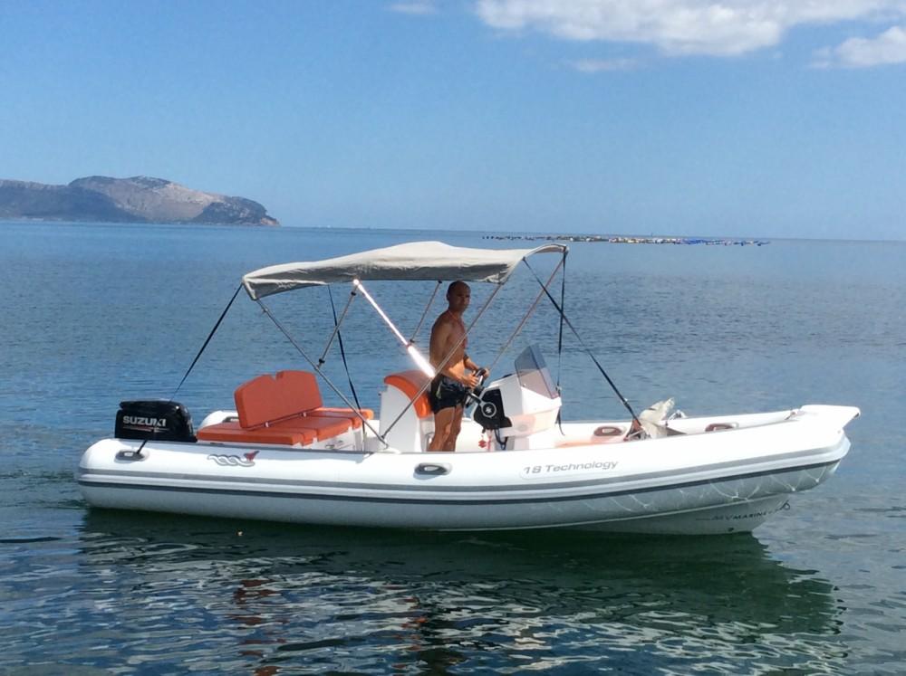 Noleggio barche Motonautica Vesuviana 18 tec Sardegna su Samboat