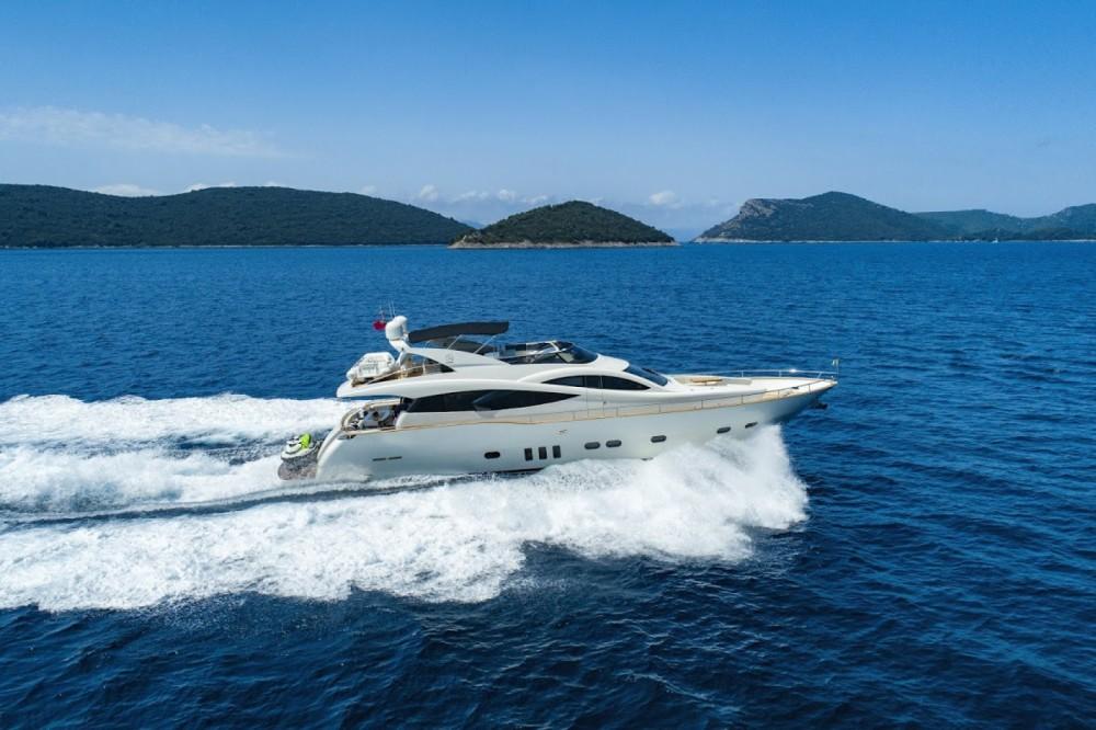 Boat rental Evo Marine Deauville 760 in Split on Samboat
