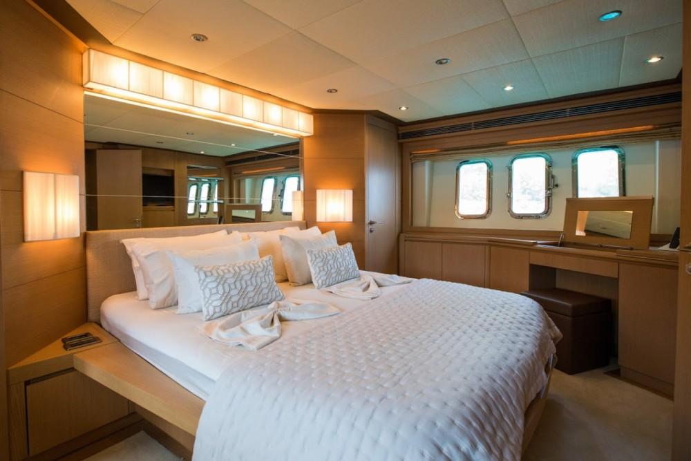 Rental Yacht in Split - Evo Marine Deauville 760