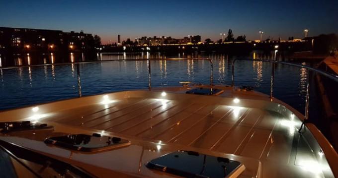 Vermietung Motorboot Futura-Yachts mit Führerschein