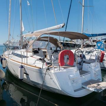 Louez un Jeanneau Sun Odyssey 409 à Keramotí